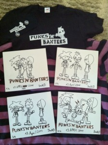 Punks'n'Banters Fan-Paket und Comic auf Holzbrettern
